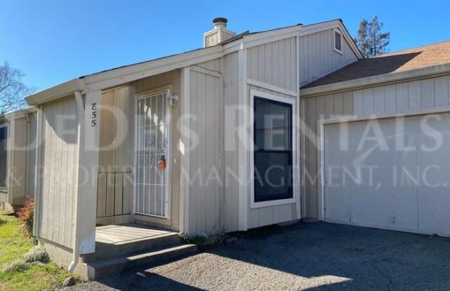 855 Middle Rincon Road - 855 Middle Rincon Road, Santa Rosa, CA 95409