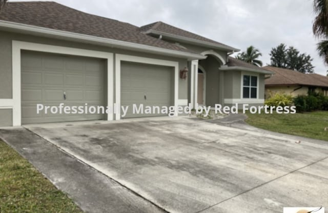 2224 Isle of Pines Ave - 2224 Isle of Pines Avenue, Fort Myers Shores, FL 33905