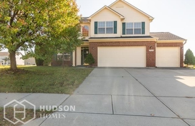 """3125 Sleeping Ridge Way - 3125 Sleeping Ridge Way, Indianapolis, IN 46217"""