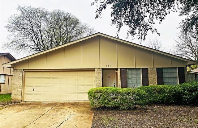 434 Clover Lane - 434 Clover Lane, Garland, TX 75043