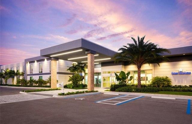 2550 Flight Safety Drive - 2550 Flight Safety Dr, Vero Beach, FL 32960
