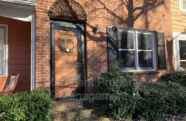 1200 E. Washington Street - 1200 East Washington Street, Greenville, SC 29601