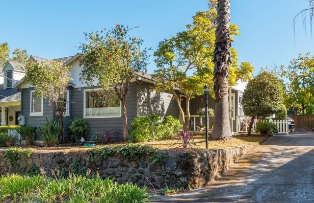 116 Monte Vista Ave. - 116 Monte Vista Avenue, Larkspur, CA 94939