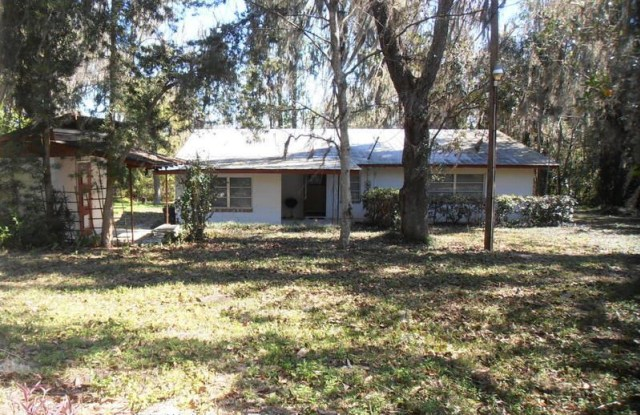 17466 Lake iola Road - 17466 Lake Lola Road, Pasco County, FL 33523