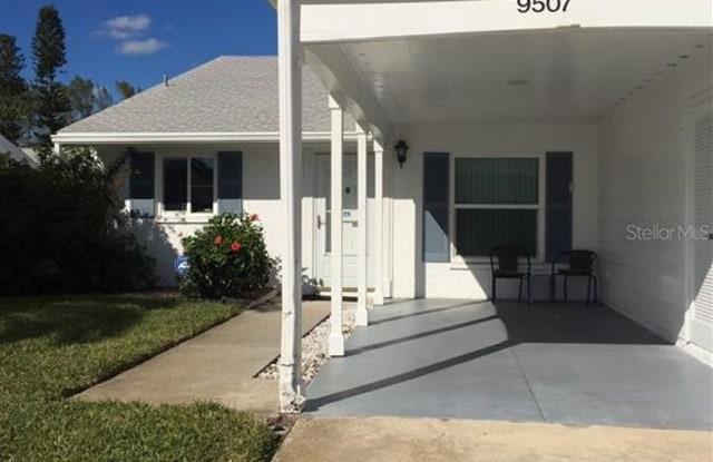 9507 COLONIAL DRIVE - 9507 Colonial Drive, Cortez, FL 34210