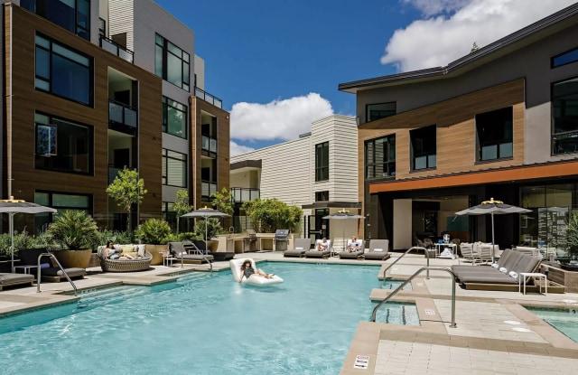 Montrose - 1720 W El Camino Real, Mountain View, CA 94040