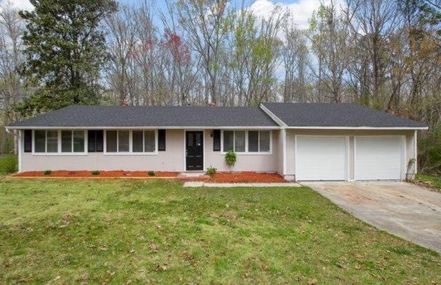 3005 Forestside Lane - 3005 Forestside Lane, Fulton County, GA 30349