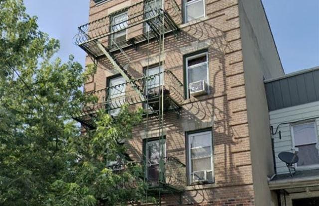 34 VROOM ST - 34 Vroom Street, Jersey City, NJ 07306