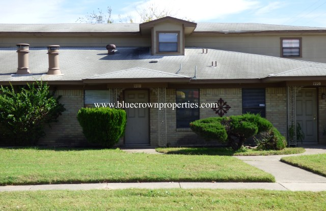 1218 Shufford St - 1218 Shufford Street, Irving, TX 75060