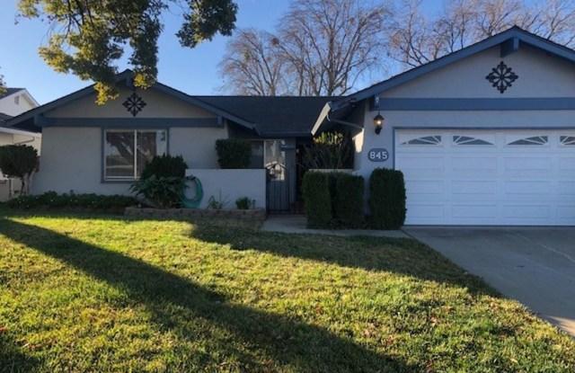845 Sunset Drive - 845 Sunset Drive, Livermore, CA 94551