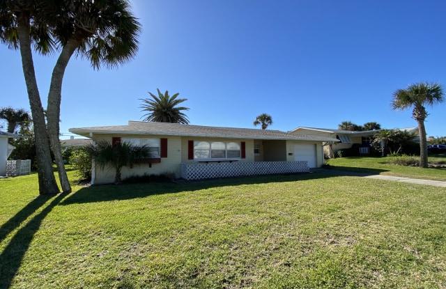 16 Silk Oaks Drive - 16 Silk Oaks Drive, Ormond-by-the-Sea, FL 32176