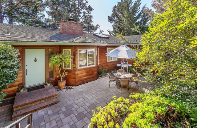 """""""3596 Forest Hideaway - 24500 South San Luis Avenue, Monterey County, CA 93923"""""""