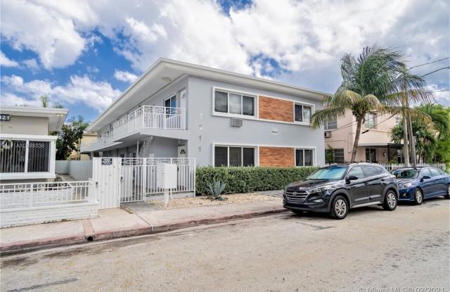 7911 Abbott Ave - 7911 Abbott Avenue, Miami Beach, FL 33141