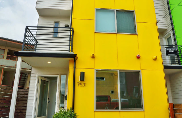 7531 43rd Ave S - 7531 43rd Avenue South, Seattle, WA 98118