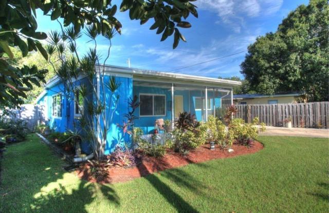 1465 6th Avenue - 1465 6th Avenue, Vero Beach South, FL 32960