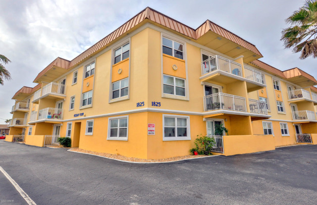 1825 N Atlantic Avenue - 1825 North Atlantic Avenue, Daytona Beach, FL 32118