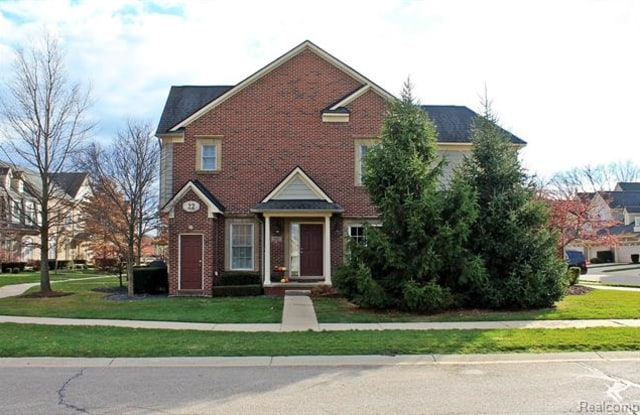 """1302 W CRYSTAL Circle - 1302 East Crystal Circle, Wayne County, MI 48187"""