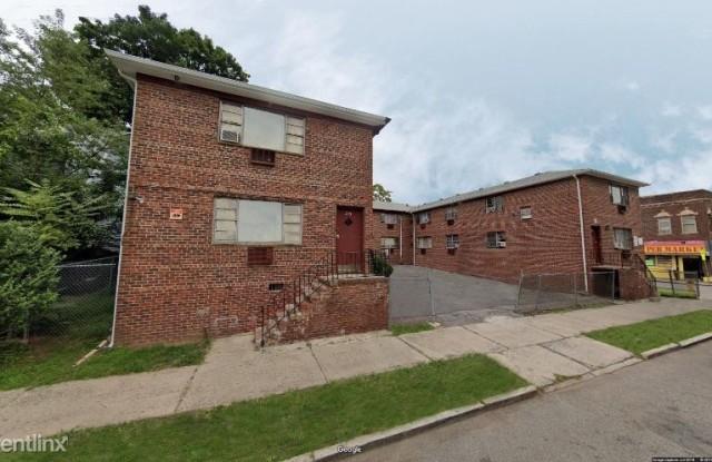 241 Weequahic Ave 241-2 - 241 Weequahic Ave, Newark, NJ 07112