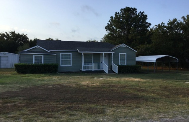 3209 Weems Ct. - 3209 West Weems Court, Hood County, TX 76049