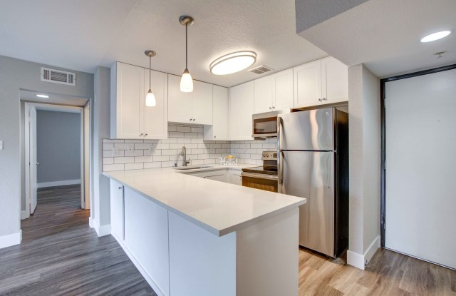 Summer House Apartments - 1826 Poggi St, Alameda, CA 94501
