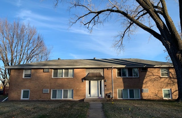 6821 Cedar Ave S Unit 3 - 6821 Cedar Avenue South, Richfield, MN 55423