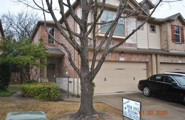 309 Ladyfern Way - 309 Ladyfern Way, Garland, TX 75040