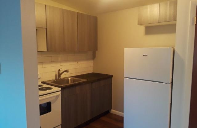 Mar-Lea Park Apartments - 69 Varga Rd, Mansfield Center, CT 06278