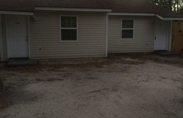 5867 PEACHTREE ST - 5867 Peachtree Street, Milton, FL 32570