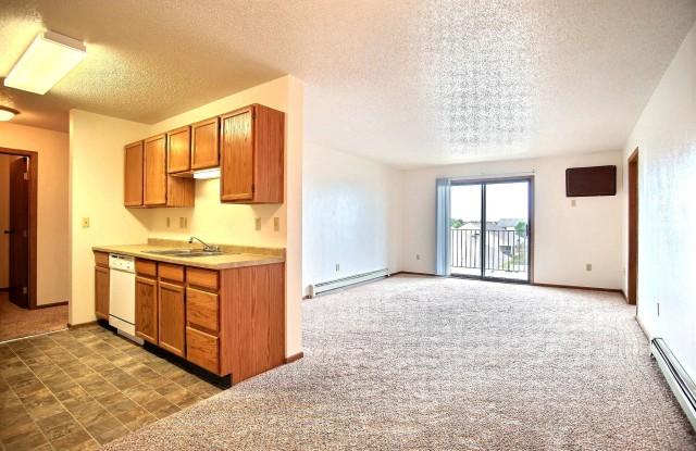 Prairie Park Apartments - 1318 6th St E, West Fargo, ND 58078