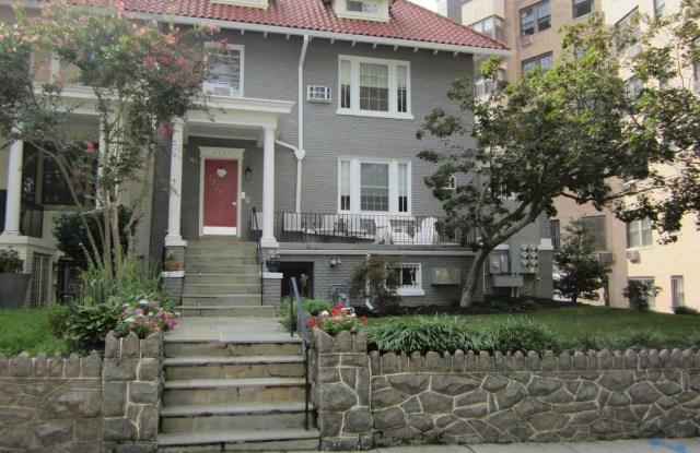 2328 ASHMEAD PL NW #3 - 2328 Ashmead Place Northwest, Washington, DC 20009