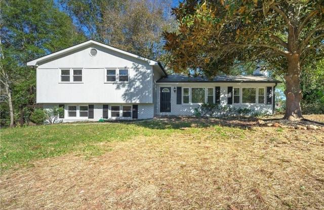 312 Cardinal Drive - 312 Cardinal Drive, Woodstock, GA 30188