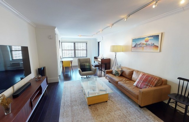 """185 West End Avenue - 185 West End Avenue, New York, NY 10023"""