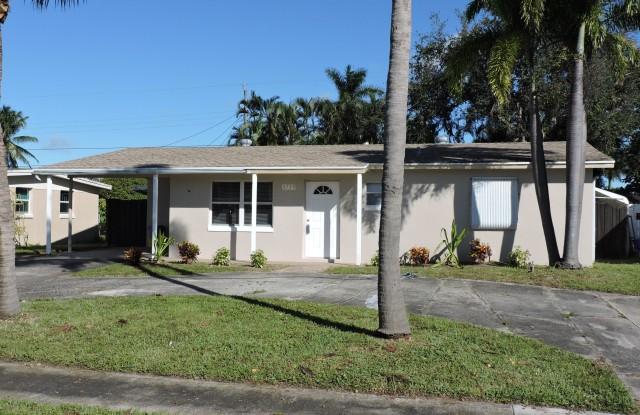 """""""3739 Bahama Road - 3739 Bahama Road, Cabana Colony, FL 33410"""""""