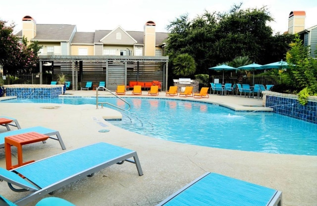 Westmount at Three Fountains - 7935 Pipers Creek, San Antonio, TX 78251