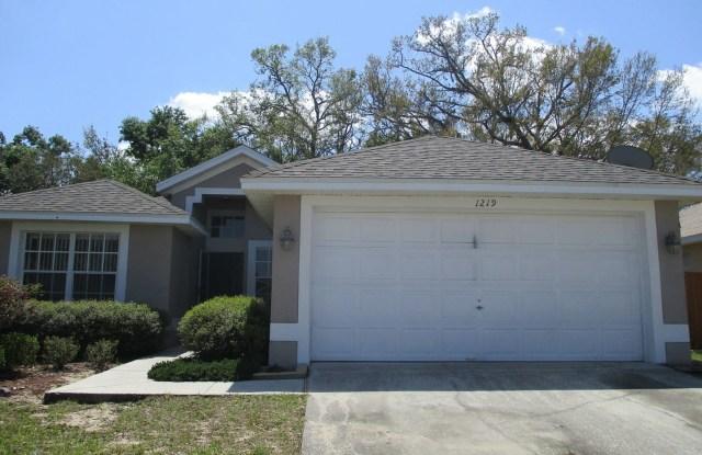 1219 Acorn Circle - 1219 Acorn Circle, Apopka, FL 32703