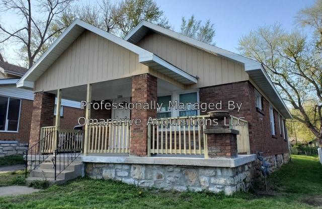 1316 E 62nd Ter - 1316 East 62nd Terrace, Kansas City, MO 64110