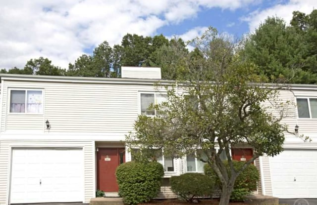 Windsor Crossing Apartments - 40 Barry Circle, Bloomfield, CT 06002