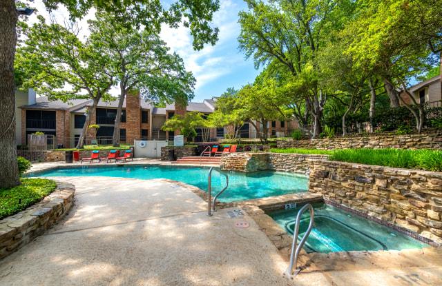 Horizons at Sunridge - 9001 Meadowbrook Blvd, Fort Worth, TX 76120
