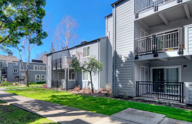 Southwood - 2850 Middlefield Rd, Palo Alto, CA 94303