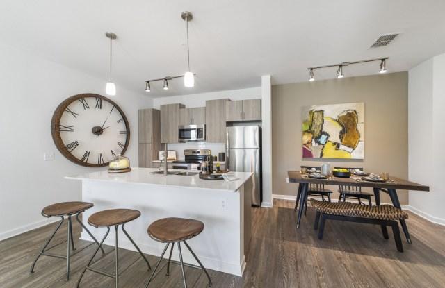 Minneola Hills Apartments - 450 Hillside Park St, Minneola, FL 34715