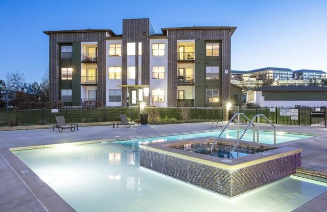 RockVue Apartments - 250 Summit Blvd, Broomfield, CO 80021