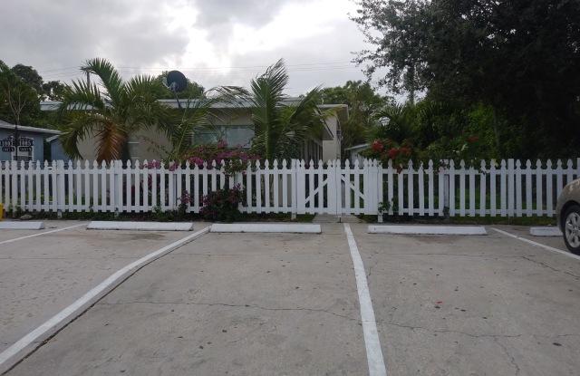 1005 S E Street - 1005 South E Street, Lake Worth, FL 33460