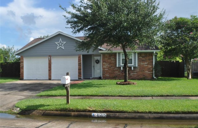 11715 Bowie Drive - 11715 Bowie Drive, La Porte, TX 77571