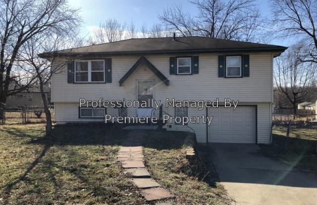 607 Prairie Cir - 607 Prairie Circle, Belton, MO 64012