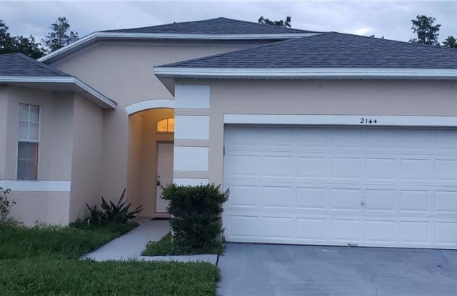 2144 MALLARD CREEK CIRCLE - 2144 Mallard Creek Circle, Kissimmee, FL 34743