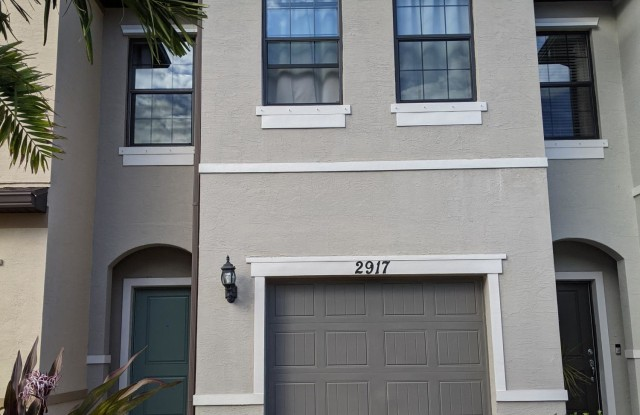 2917 Bard Street - 2917 Bard St, Palm Springs, FL 33406