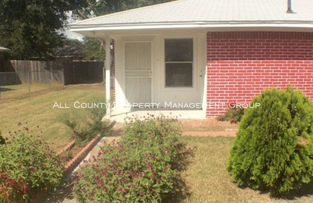 3409 Orchard Street - 3409 Orchard Street, Forest Hill, TX 76119