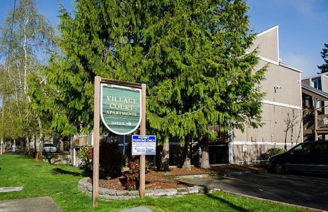 Village Court - 17899 NE Oregon St, Portland, OR 97230