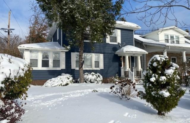 240 ELMWOOD AVE - 240 Elmwood Avenue, Essex County, NJ 07040
