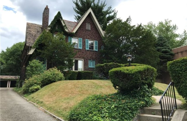 1014 N HIGHLAND AVE - 1014 North Highland Avenue, Pittsburgh, PA 15206